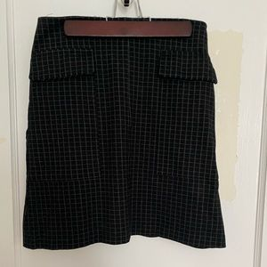 Black checked stretch mini skirt with pockets!!